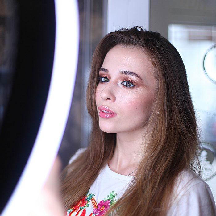 Презентация нового продукта: профессиональной итальянской косметики Cinecitta Make-up